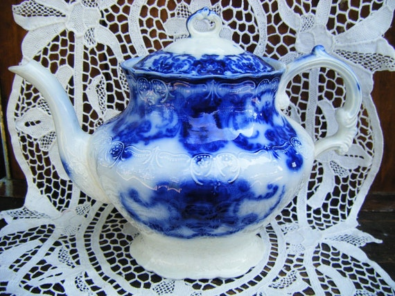 Antique Flow Blue Teapot Dainty Pattern By John Maddock