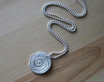Beautiful swirl in cirlce Fine Silver Necklace
