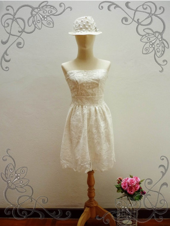 SALE TODAY -Vintage Chic - Classy Ivory White Hard Lace Mini Strapless DressS/XS