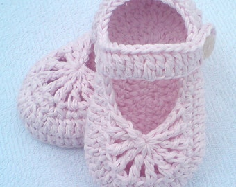 Instant Download Crochet Pattern (pdf file) - YARA simple baby shoes