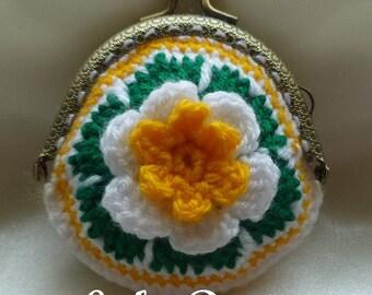 Instant Download Crochet Pattern (pdf file) - FLOWER coin purse