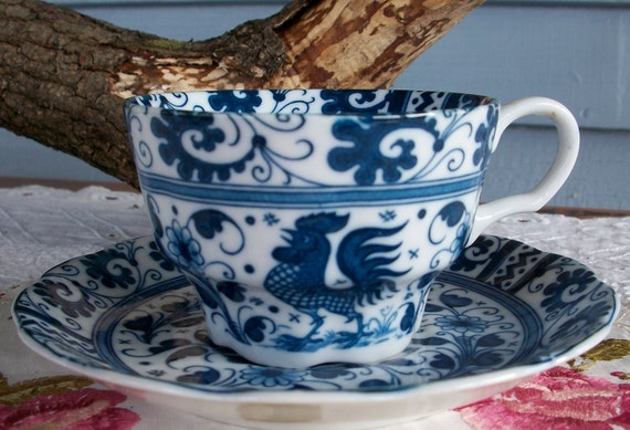 Rooster tea cup Vintage cobalt blue  tea cup by Johnson brothers  rooster and flower pattern