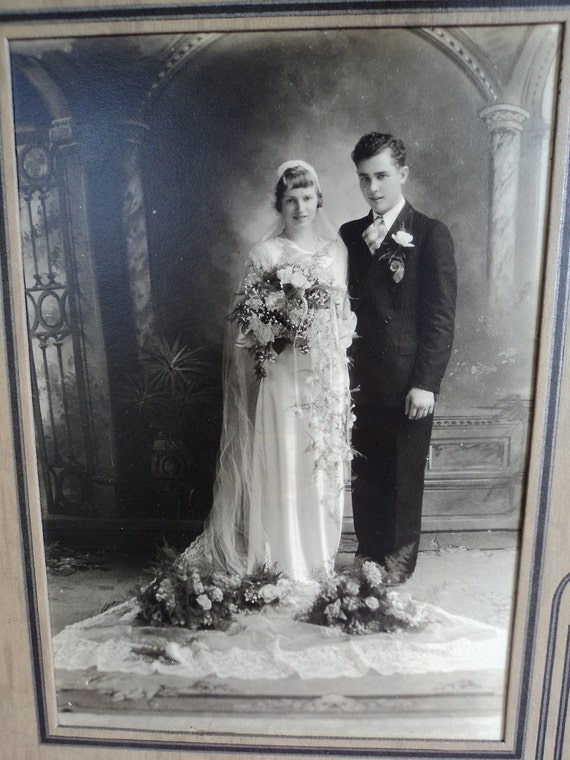 Vintage Wedding couple portrait 1920s or possibly 30s 5 by 7 picture with matting size 7x10