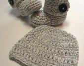 Newborn hat and booties set.  Gender neutral.  Baby boy or baby girl.  Made to order.  Grey and white.