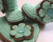 Newborn baby hat and booties set.  Ready to ship.  Detachable flowers.  Mint and brown.