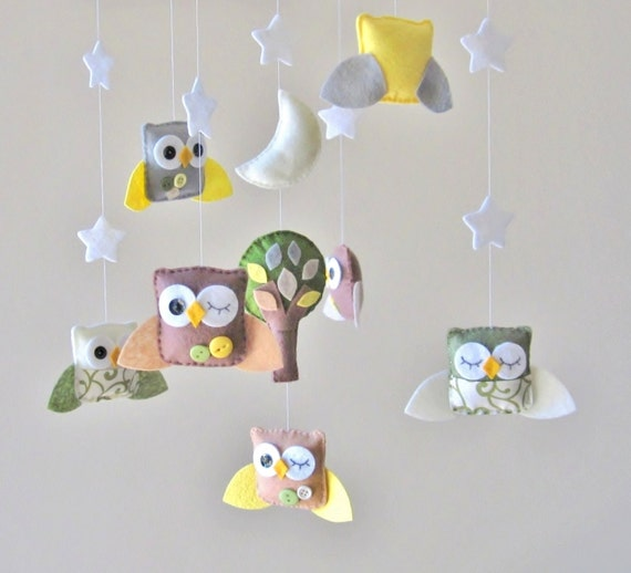 Baby Crib Mobile - Baby Mobile - Owl Baby Mobile - Mobile Owls - Nursery Mobile - Neutral Mobile - You can pick your colors :)