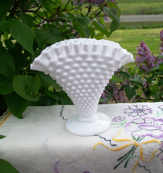 Vintage Milk Glass Fenton Hobnail Fan Vase