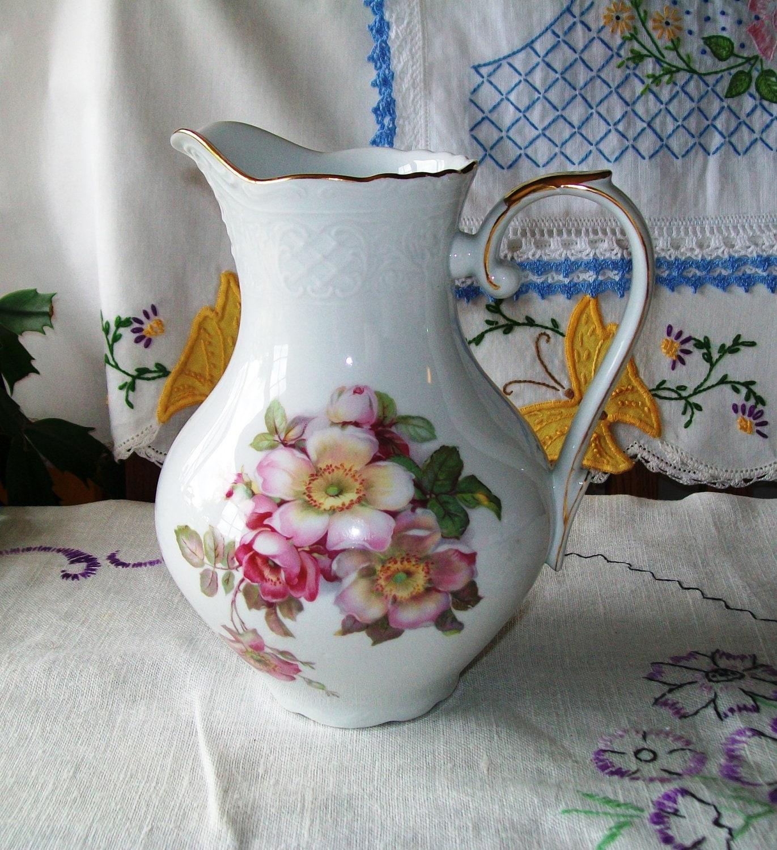 vintage bavaria schumann arzberg germany 32 oz pitcher wild. Black Bedroom Furniture Sets. Home Design Ideas