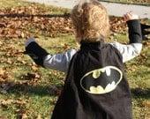 SUPER HERO cape Choose your favorite character: Batman and Robin Spiderman Superman Captain America