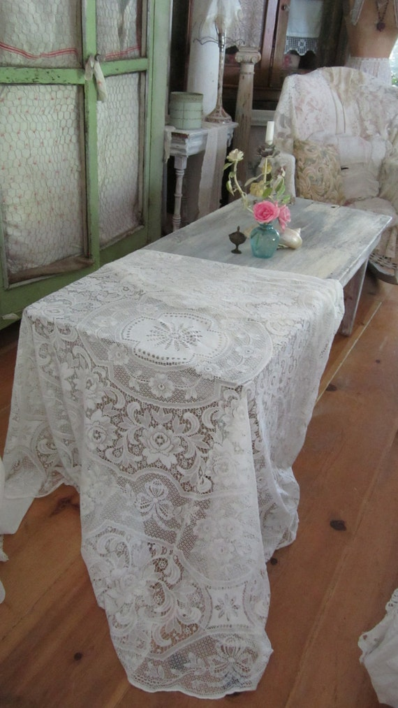 Vintage white lace round tablecloth victorian shabby chic prairie French