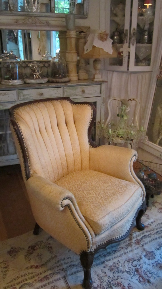 Vintage wing back tufted chair FREE SHIPPING