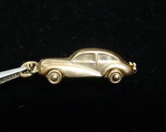 14k 3D Moveable Luxury Classic Car Charm Pendant