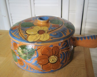 Mexican ceramic covered pot