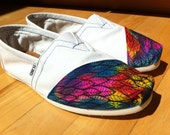 White Hand-Painted TOMS Classics (Feather Pattern)