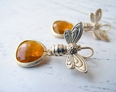Honey Bee Earrings. Matte Gold Plated Honey Bee with Citrine Topaz Colored Faceted Teardrop Glass. Simple Modern Jewelry