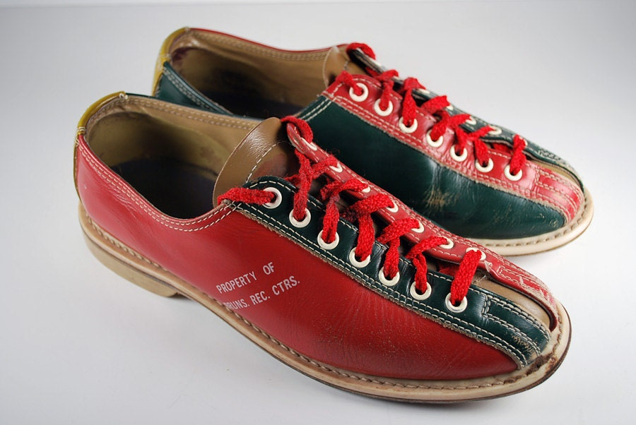 Vintage Red and Green Brunswick Bowling Shoes Size 7