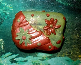 Polymer clay bead or pendant - half copper half green with flowers