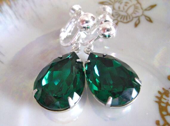 Green Estate Style Drop Earrings Swarovski Vintage Emerald Crystal Drop Earrings. . Screw on Earrings