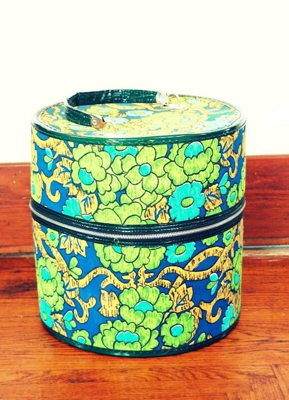 SUPER AWESEOME SALE - Retro Mod Floral Pattern Hat Box - Mod Suitcase - Green Floral Hat Box - Circular Suitcase