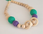 Violet and green nursing rings necklace. Girls crochet necklace. Mammy and baby teething necklace.