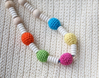 Crochet wooden beads nursing necklace in bright neon colors. Teething necklace for mum/ mom. Necklace for girls.