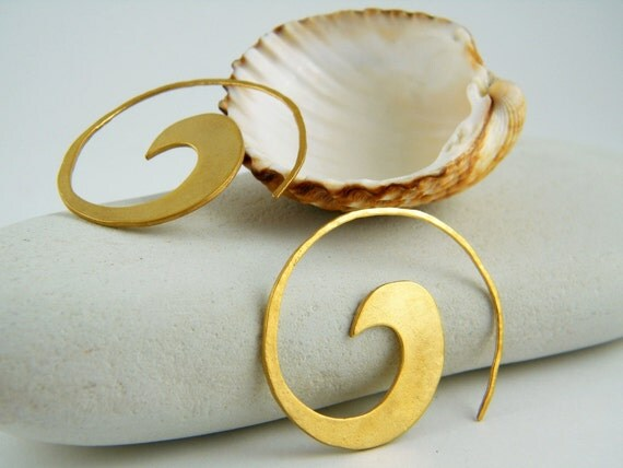 Spiral earring gold spiral earrings nature inspired jewelry