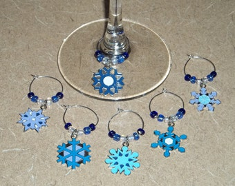 6 piece snowflake wine charm set