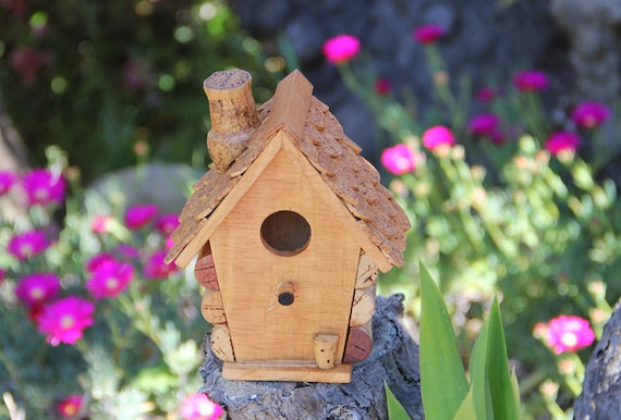 Small Birdhouse, wood and wine corks.