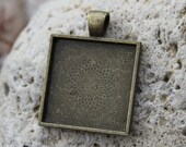 12 Square Antique Bronze  Pendant Trays blank  Bezels Settings1 inch 25mm x 25 mm Photos Charms LEAD FREE