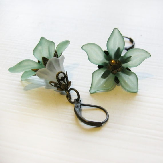 Abigail - lucite earrings, mint green flowers with aged bronze