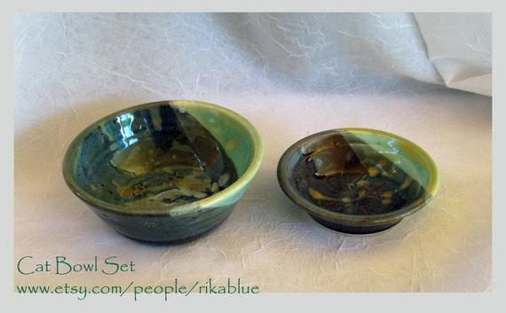 Set of Kitty bowl
