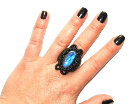 Labradorite Ring Macrame
