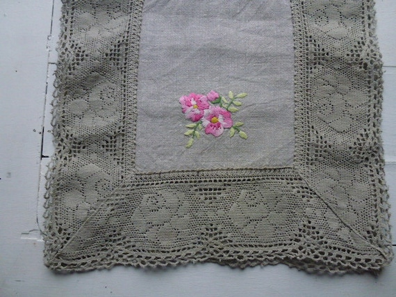 SALE Vintage Swedish tablecloth / Embroidered linen table runner with lace