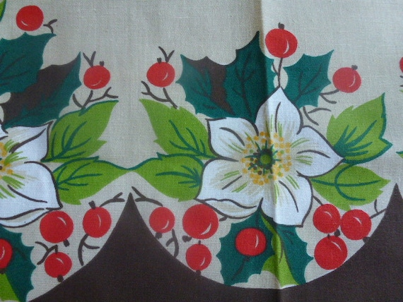 Vintage Swedish Christmas tablecloth / Printed flowers and berries