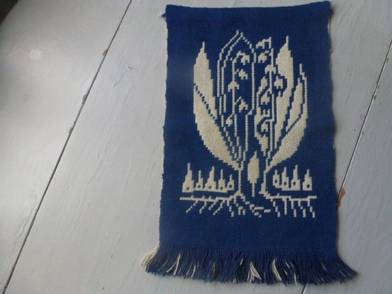 Vintage Swedish wall hanging / Lily of the valley