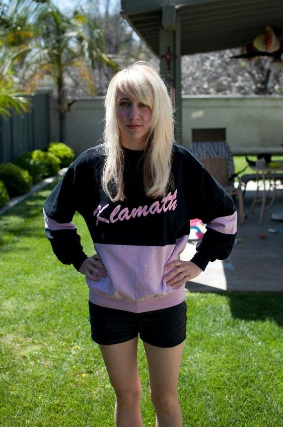 HALF OFF--1950s MED Klamath black and pink sweatshirt