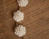 Vintage Flower Bracelet Cream and Gold
