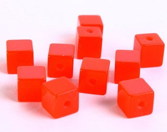 7mm Red cube beads - 7mm Siam red cube beads - Cube opaque beads (193) - Flat rate shipping