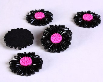 27mm black and pink daisy cabochons - flower cabochons - 6 pieces (621) - Flat rate shipping
