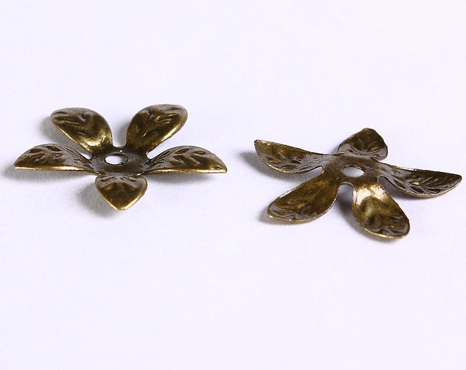 15mm antique bronze bead caps - flower beadcaps - nickel free (226) - Flat rate shipping