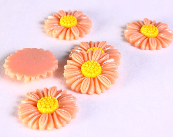 27mm orange daisy cabochons - Large flower cabochons - resin cabochons - 6 pieces (625) - Flat rate shipping