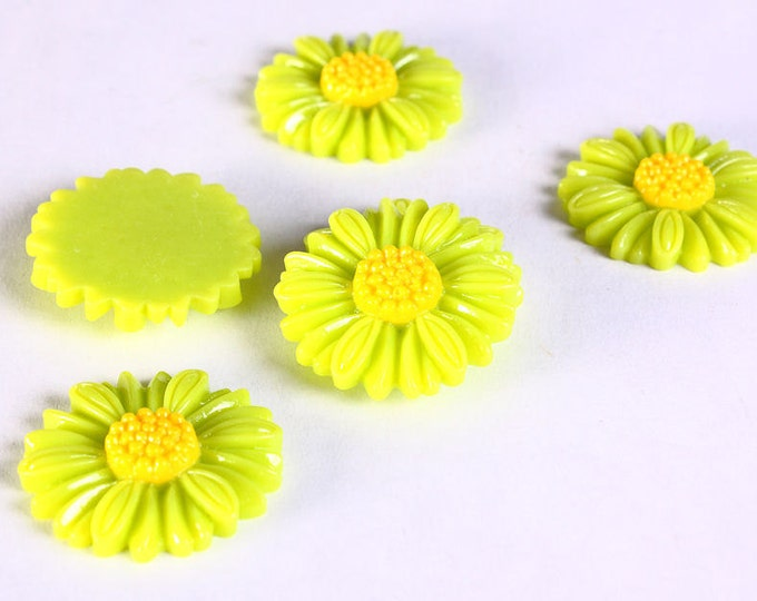 Sale Clearance 20% OFF - 6pc 27mm lucite rose resin flower cab cabochon daisy lime green yellow 6 (639)
