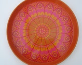 Retro Psychedelic Flowery Tin Drinks Tray 1970s Orange and Hot Pink