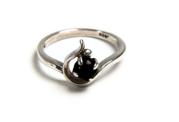 Sterling Silver Artisan ring with Black Onyx, holiday jewelry, Christmas gift ideas, romantic gift ideas,  gifts for her