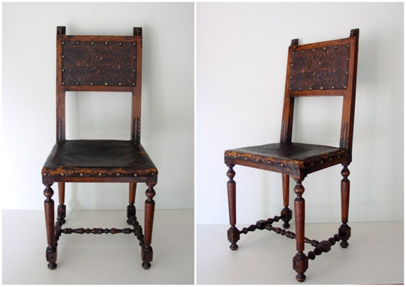 ultimate vintage chic dining chairs / set of 6 antique oak chairs with original tooled leather seats