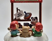 Enesco Toyland  Santas Work Shop Music Box.