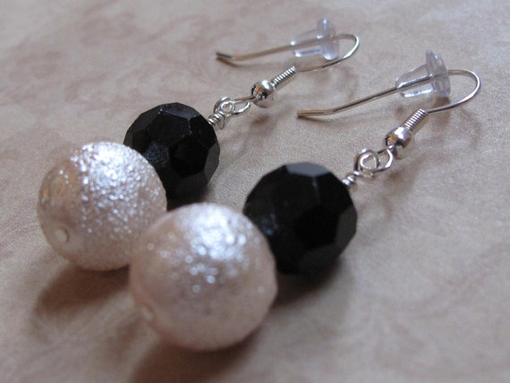 Black Crystal and Pink Textured Pearl Dangle Earrings