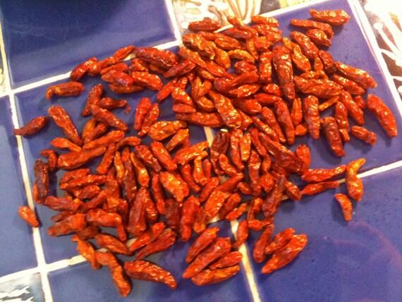 HOT HAWAIIAN Hawaii Hawaiiana organic tiki chili peppers home grown dried 1 oz