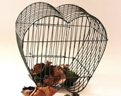 Shabby Chic Metal Wire Heart Basket
