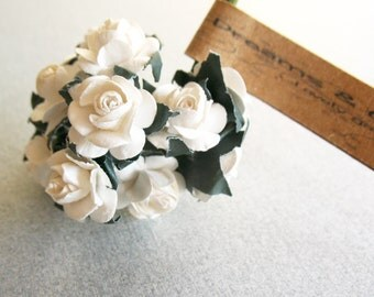 3 flowers Branchs 36 White Paper Flowers